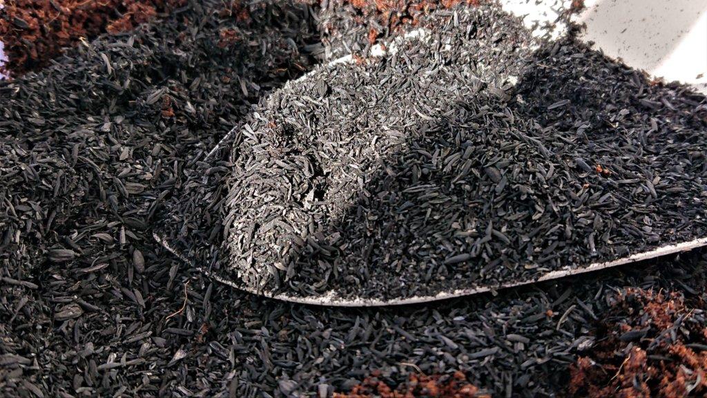 籾殻くん炭の使い方